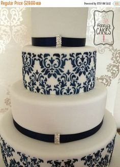 stencils for wedding cakes uk 1000 images about stencil cake ideas on cake 20524