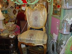 antique painted chair furniture #antiquechair #furniture #homedecor http://www.camillesantiqueboutique.com/antiques.html