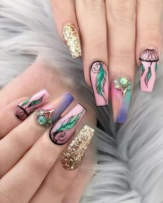Amazing Tips For The Best Summer Nails – NaiLovely Creative Nail Designs, Beautiful Nail Designs, Creative Nails, Nail Art Designs, Nail Swag, Cute Nails, Pretty Nails, Nail Art Arabesque, Hippie Nails