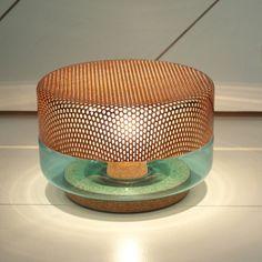 Lampe à poser Light Drop Small, turquoise, cuivre, de Pulpo, désignée par le Studio E27. #lampeaposer #light #drop #small #turquoise #cuivre #pulpo #studio #E27 #luminaire #design #table #lamp