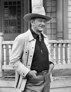 """Duke still cuts an imposing yet personable cowboy profile on the set of """"Oscar's Best Actors"""", an ABC documentary broadcast on May 23, 1978."""