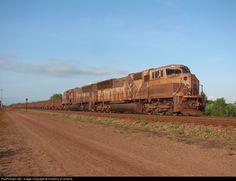 Foto RailPictures.Net: EFC 712 EFC - Estrada de Ferro Carajás EMD SD70M em Pedrinhas, São Luis, Maranhão, Brasil por Cristiano R.Oliveira