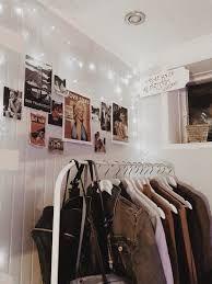 New Vintage Retro Room Aesthetic 40 Ideas Retro Room, Vintage Room, Bedroom Vintage, Retro Vintage, Vintage Teenage Bedroom, Room Ideas Bedroom, Bedroom Decor, Bedroom Inspo, Cool Room Designs