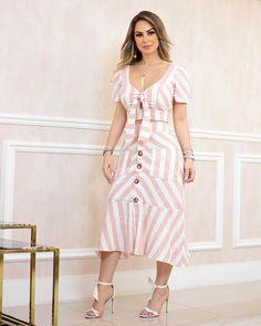 Image may contain: 1 person, standing Boho Fashion, Fashion Dresses, Womens Fashion, Kurti Designs Party Wear, Short Dresses, Summer Dresses, Smart Casual, Pretty Dresses, Dress To Impress