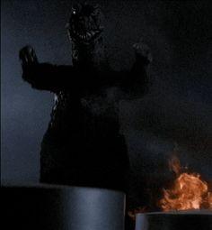 citystompers:Godzilla vs. Gigan (1972)