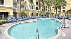 staySky Suites I-Drive Orlando Orlando This Orlando hotel offers free transfer service to Walt Disney World, Universal Studios, and SeaWorld. An outdoor pool and free Wi-Fi are provided. Pointe Orlando cinema and shopping plaza is 5 minutes' drive away.