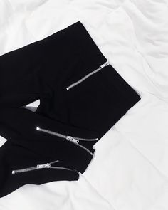1b84794e1e Givenchy Zipper Leggings – Lydia Marceau – Minimalist (life)Style