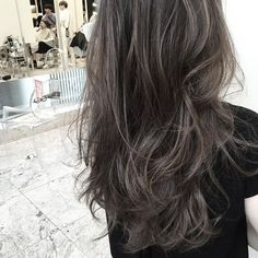 Medium Hair Cuts, Medium Hair Styles, Curly Hair Styles, Black Hair With Highlights, Hair Highlights, Ash Hair, Ombre Hair, Asian Hair Inspiration, Long Face Hairstyles