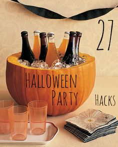 Halloween Craft: Pumpkin Party Cooler (Could use as a punch bowl, too.) Put bowl in pumpkin before putting in punch or ice. Fröhliches Halloween, Adornos Halloween, Holidays Halloween, Halloween Treats, Halloween Decorations, Halloween Parties, Halloween Drinks, Halloween Punch, Halloween Clothes