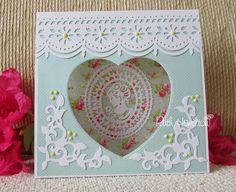Blog tonic: Charlotte Cameo Tent Card - Ruth
