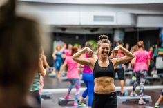 Fitness in tour - Cluj Napoca Personal Trainer, Fitness Inspiration, Fit Women, Fitness Motivation, Tours, Gym, Sports, Fashion, Hs Sports
