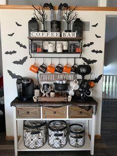 Halloween Room Decor, Fall Room Decor, Casa Halloween, Halloween Kitchen, Diy Halloween Decorations, Holidays Halloween, Halloween Crafts, Herbst Bucket List, Coffee Bar Home