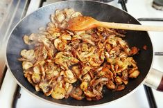 Tejszínes, gombás tészta - Eddi konyhája Fusilli, Paella, Food And Drink, Ethnic Recipes