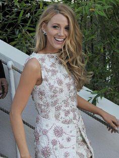 Blake Lively - Cheveux wavy: les stars l'adoptent - Photos Beauté - Be.com