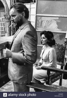 Download this stock image: elizabeth taylor and richard burton,1966 - E3K2MP from Alamy's library of millions of high resolution stock photos, illustrations and vectors.