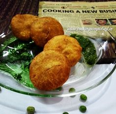 Crisp and flaky Matar Ki Kachori is an anytime meal that never fails to impress anyone. Tastes amazing and very easy to make. Simple recipe by Rajiv Jindal