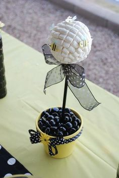 Marshmalow Beehive. Hostess with the Mostess® - Bumble Bee Party