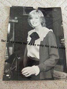 Vintage Old Original Photo of Lady DIANA SPENCER Princess of Wales 1982 Photo