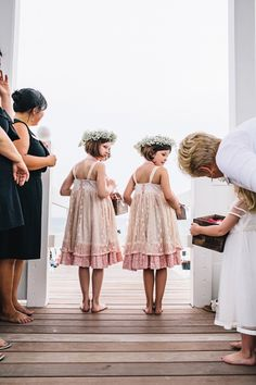 flower girls with flower crowns   Vue Photography