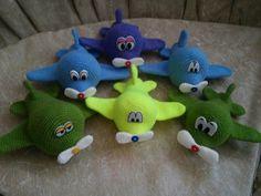 Örgü Uçak Yapımı 5 Smurfs, Dinosaur Stuffed Animal, Toys, Animals, Character, Papa Noel, Cases, Activity Toys, Animales