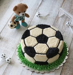Ideas For Football Birthday Party Kids Food Ideas Cake Decorating Designs, Cake Decorating Videos, Cake Decorating Techniques, Cake Designs, Football Birthday Cake, Boy Birthday, Cake Birthday, Bolo Sporting, Soccer Ball Cake