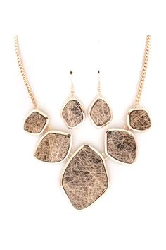 Liam Necklace & Earrings in Etched Gold.