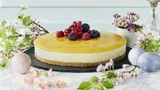 Pehmeänmakuinen mangojuustokakku on yksi juhlien kestosuosikki. Baking Recipes, Cake Recipes, Dessert Recipes, Finnish Recipes, Mango Cheesecake, Fancy Desserts, Fusion Food, Sweet Pastries, Tasty Kitchen