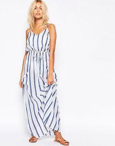 Pin for Later: 79 Robes Longues Super Confort Pour Cet Été  Asos Maxi robe de plage en lin à rayures avec poche - Rayures (40€)