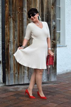 KLEIDERSCHRANK-CHECK für gute Laune - Martina Berg - Lady 50plus Pretty In Pink, Winter Typ, Neue Outfits, Silk Satin, Sexy Legs, Berg, Bodysuit, Lady, Celebrities