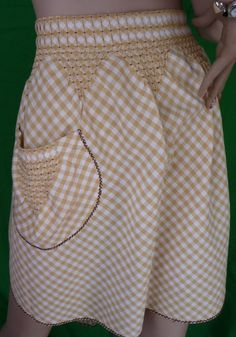 Vintage Waist Apron gold check gingham tucked by Carolsoneofakind Smocking, Chicken Scratch Embroidery, Waist Apron, Cute Aprons, Sewing Aprons, Gingham Fabric, Linen Apron, Aprons Vintage, Heirloom Sewing