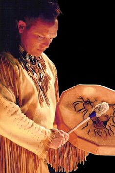 Eagle Wind Drums  Eagle wind Music founder Jonathan Maracle build each traditional Native American Drum with old world craftsmanship and materials. Each drum is hand crafted and great care is given to maintain traditional skills and designs to create these authentic native American Drums.