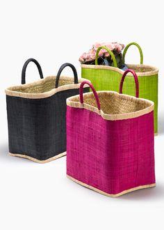Handmade Raffia Tote: A Great Summer Bag