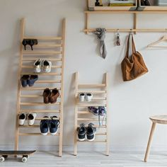 wood finish shoe storage ladders ~ Mei comment ~ good idea for visitors shoes and bag rack Shoe Storage Ladder, Hallway Shoe Storage, Shoe Storage Rack, Diy Shoe Rack, Hidden Storage, Wood Storage, Diy Bag Rack, Shoe Rack Unique, Shoe Storage Apartment