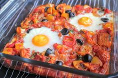 Combining paprika, oregano and basil in a rich tomato sauce with veg and Fragata Black Olives, these baked eggs absorb all the delicious Spanish flavours!