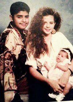selena gomez rare baby photos | Rare Picture: Selena Gomez With Mom Mandy & Dad Ricardo As A Baby ...
