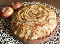 Torta di mele alta e morbida