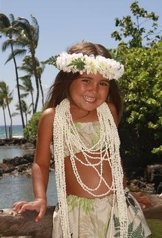 Little Girl With Haku And Shell Lei - Photos of Hawaii Pictures