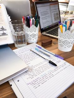 What does your study space look like? A clean and inspiring work space can make all the difference. #motivation