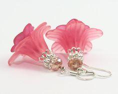 Pink Earrings Lucite Flower Earrings Lucite door TrinketHouse