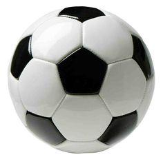 In het veld sta ik achterin. Ik vind voetbal leuk omdat het een team sport is en ik vind het leuker om met een team te winnen dan in je eentje.