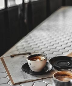 #cafe #coffee #setting #coffeeshop #places #drinks #latte #art #espresso #mornings #coffeehouse