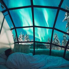 Canada Is Building A Northern Lights Resort With Giant Glass Igloos - Narcity
