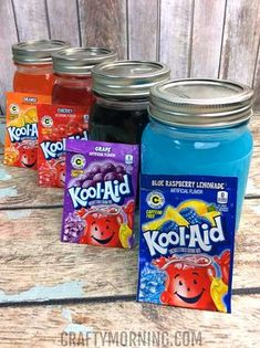Ingredients: 4 medium mason jars 4 package of any kool-aid flavor 6 C sugar divided by 4 C of sugar for each package) 4 C of water C of water per package) Directions Using a medium sauce pan, combine the 1 C sugar and 1 C water. Bring to a … Kid Drinks, Frozen Drinks, Frozen Desserts, Summer Drinks, Beverages, Summer Fun, Summer Desserts, Frozen Treats, Tamarindo