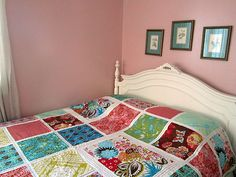 loulouthi tiles quilt - love the hand quilting