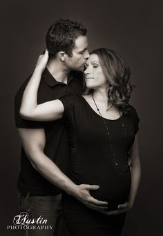 Elegant black and white #maternity #photo with husband in the #studio | Issaquah Maternity Photos