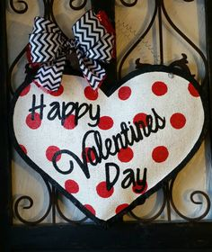 Valentine's Day Classic Heart, White with Red Polka Dots Burlap Door Hanger Decoration Valentine Wreath, Valentine Day Crafts, Valentine Decorations, Happy Valentines Day, Holiday Crafts, Burlap Door Hangers, Christmas Door, Valentine's Day Diy, Glass Doors