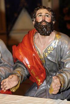 La Última Cena. Cofradía de Ntro. Padre Jesús Nazareno de Murcia. Obra de Francisco Salzillo. 1763 || San Mateo: está en actitud de  levantarse del asiento
