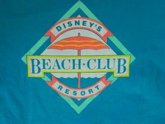 Taille de chemise Disney Beach Club Mickey Mouse par sideburns