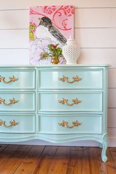 So yeah, she found a Dixie French Provincial bedroom set! Kelsey knew she wanted me to paint it in mint for her daughter's room. We chose Still