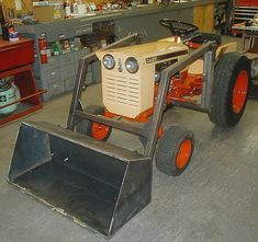 Tom P. from Llion, NY is building this front end loader for his Case 195 garden tractor. nice job Tom, it looks like it belongs on that tractor!